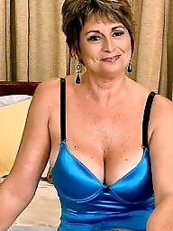 Mature big tits, Mature tits, Big tits mature, Beautiful mature, Mature beauty, Big tit mature