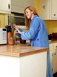 Kitchen, Redhead