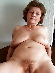 Wet pussy, Mature pussy, Wet, Old pussy, Deep, Wetting