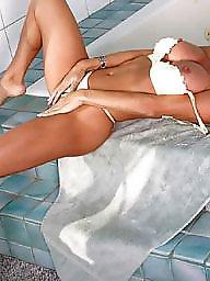 Brunette milf, Nudes