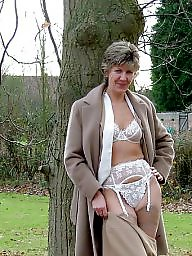 Uk mature, Mature in stockings