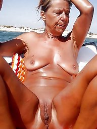 Mature boobs, Big boobs mom, Mature mom