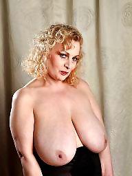 Mrs, Mature boob