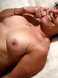 Hot mom, Hot milf, Amateur mom
