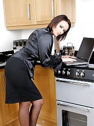Upskirt, Kitchen