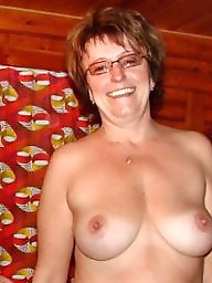 Used, Mature amateur, Posing, Mature mom, Mature posing, Mature moms