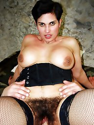 Hairy mature, Spreaders