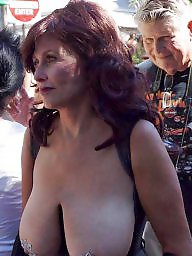 Hanging tits, Hanging, Amateur mature, Tits out