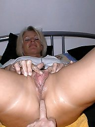 Mature mom, Amateur mom, Amateur moms