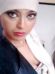 Bisexual, Hijab porn
