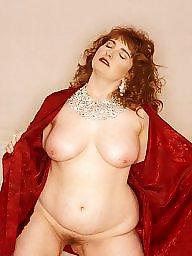 Posing, Bbw redhead