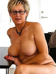 Real mom, Real amateur, Amateur moms, Mom mature