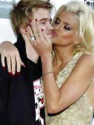 Kiss, Kissing