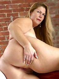 Mature ass, Plump, Mature bbw