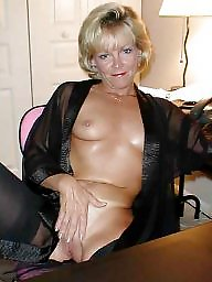 Older, Upskirt stockings, Older lady, Relax, Older upskirt