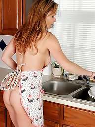 Mom, Hairy, Moms, Hairy mature, Kitchen, Kitchen mature