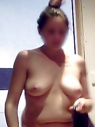 Wife naked, Unaware