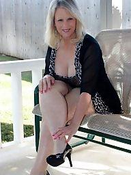 Blonde mature, Mature blonde