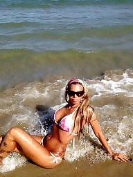 Big boob, Beach babes