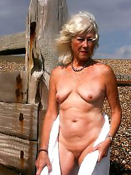Granny, Flash, Flashing, Amateur granny, Grannies, Mature flashing