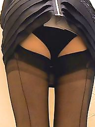 Knickers, Upskirt flashing