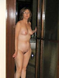 Amateur mom, Mature mom, Milf mom, Amateur moms