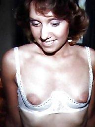 Small tits, Small, A bra