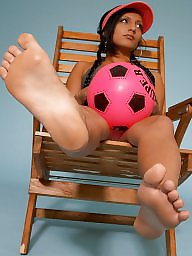 Persian, Feet, Brunette, Amateur teen, Teen feet